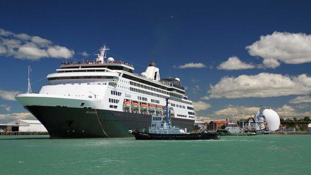 Cruise boat berthed in Timaru